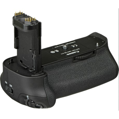 Canon BG-E11 Battery Grip - Canon 5D MarkIII